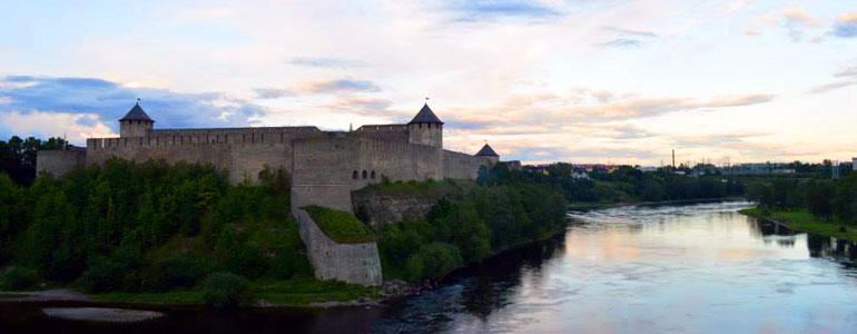 Pitt-Narva-3.jpg